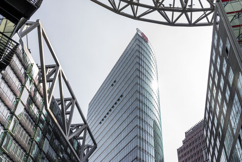 Germany, Berlin, Potsdamer Platz, Sony Center, View to Bahntower - EGB000095