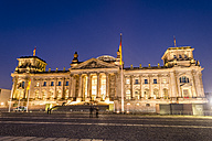 Germany, Berlin, View of Reichstag building at night - EGBF000092