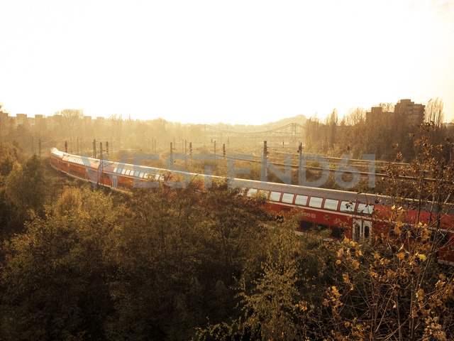 train at sunset, Berlin, Germany - FB000406 - Frank Blum/Westend61