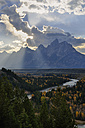 USA, Wyoming, Grand Teton National Park, Dramatic Sky over Teton Range seen from the Snake River Overlook - RUEF001608