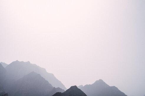 Iran, Chak Chak, view to mountain range - FLF001132