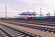 Germany, Hamburg, Railway tracks at the Port of Hamburg - MSF004593