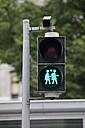 Austria, Vienna, green pedestrian light, same-sex couple - WL000020