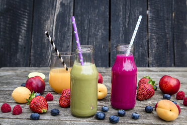 Different fruit smoothies and fruits - SARF001882