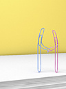 3D Rendering, paper clips holding hands - AHUF000014
