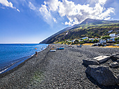 Italy, Sicily, Aeolian Islands, Isola Stromboli,  fishing boats on the beach - AMF004074