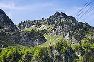 Germany, Bavaria, Chiemgau Alps, Hochfelln and Hochfelln cable car - SIEF006619