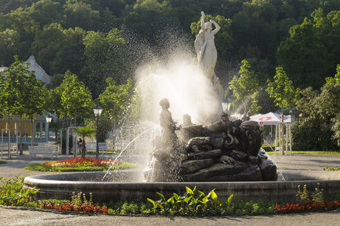 Austria, Lower Austria, Baden, Undine fountain in spa park - SIEF006628