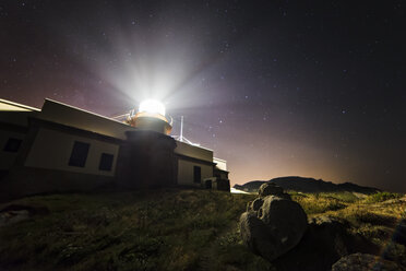 Spain, Galicia, Ferrol, Cape Prior,  lighthouse at night - RAE000217