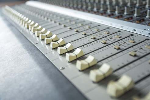 Recording studio, mixing console, audio recording - TAMF000024