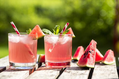 Watermelon-Hugo, Mojito in glasses with drinking straw - SARF001988