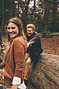 Happy young couple in an autumnal park - CHAF000206