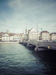 Switzerland, Zurich, View to Rudolf Brun Bridge, Predigerkirche, Dominican church and University in background - KRPF001516