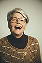Portrait of laughing woman - MFF001677