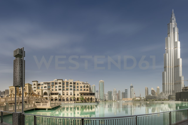United Arab Emirates, Dubai, Burj Khalifa, Burj Khalifa Lake and Souk Al Bahar - NKF000277