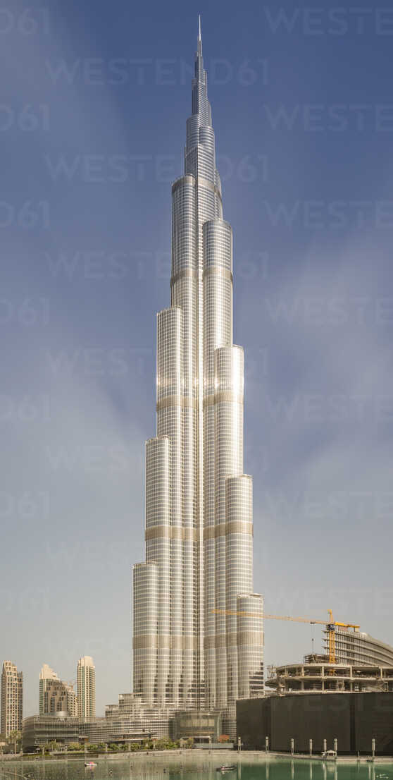 United Arab Emirates, Dubai, Sun reflecting in the Burj Khalifa - NK000273 - Stefan Kunert/Westend61