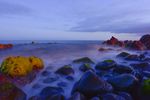 Portugal, Madeira, stony coast in the evening - FDF000112