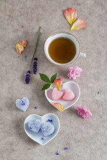 Cup of tea and sugar hearts with taste of roses or lavender - MYF001070