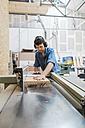 Carpenter working in workshop - JUBF000035
