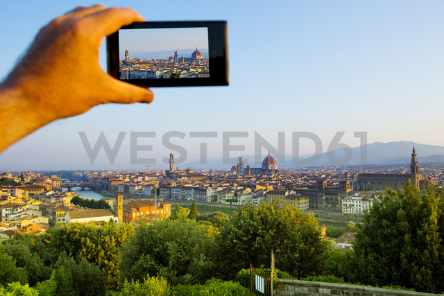 Italy, Florence, cell phone shot of the city - MAEF010796
