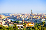 Italy, Florence, cityscape with Ponte Vecchio and Palazzo Vecchio - MAEF010799