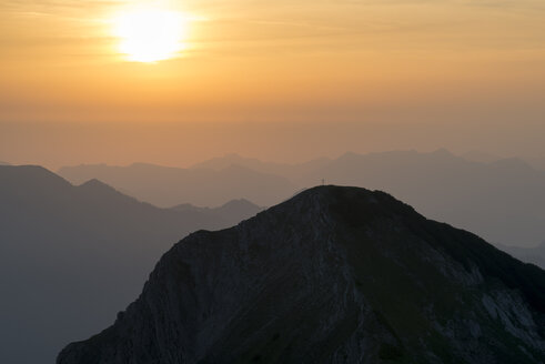 Austria, Tyrol, sunrise at summit - MKFF000229