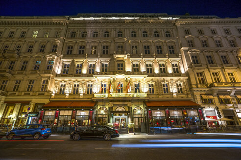 Austria, Vienna, Hotel Sacher in the evening - PU000387