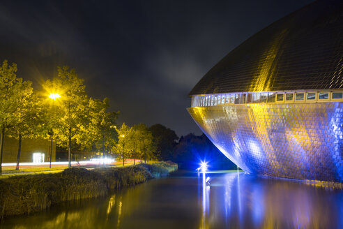 Germany, Bremen, Universum Science Center by night - NK000337
