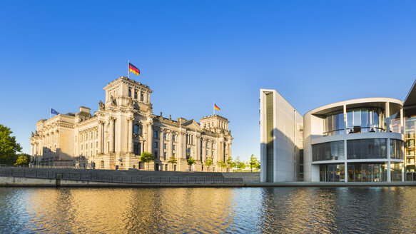 Germany, Berlin, Berlin-Tiergarten, Reichstag and Paul-Loebe building at the river Spree - HSIF000362