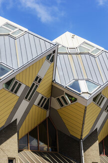 Netherlands, Rotterdam, part of cubical house - THA001404