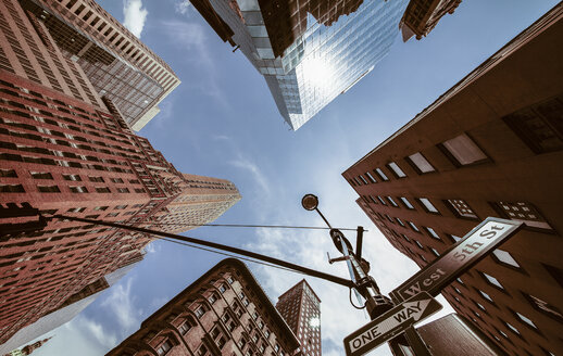 USA, New York, New York City, Manhattan, Street corner, Signs 5th Avenue and West 45th Street, view from below - MPAF000021