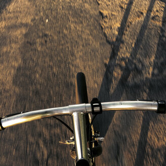 Personal perspective of bicycle - GCF000106