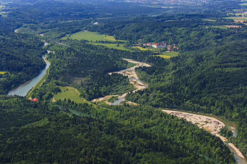 Germany, Bavaria, Aerial view of Pupplinger Au near Wolfratshausen and Schaftlarn monastery at Isar river - PEDF000045