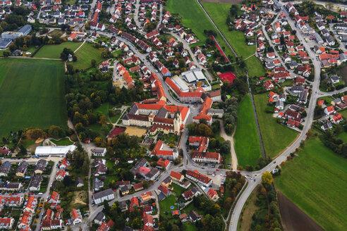 Germany, Bavaria, Markt Indersdorf, Indersdorf monastery - PEDF000059