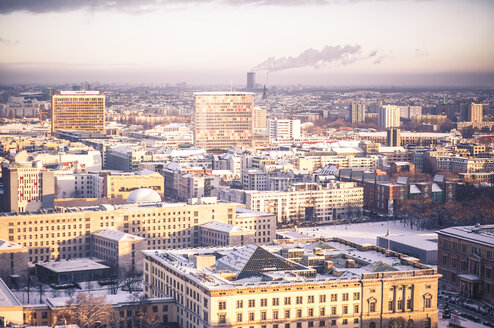 Germany, Berlin, Cityscape in winter - ZMF000425