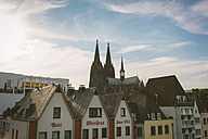 Germany, North Rhine-Westphalia, Cologne, Old town, View to Cologne Cathedral - MADF000496