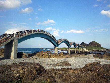 Taiwan, Bridge at sea coast - JMF000354