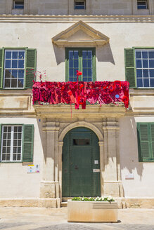 Spain, Balearic Islands, Menorca, Mao, city library, red decorated balcony - MAB000327