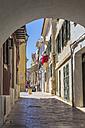 Spain, Balearic Islands, Menorca, Mao, alley to Placa de la Conquesta - MABF000333