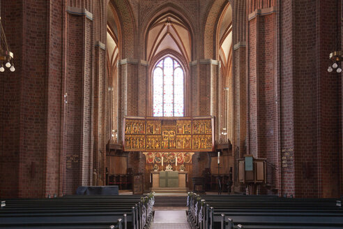 Germany, Lueneburg, Interior of the protestant St. Nicolai church - PC000169