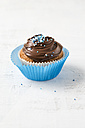Cupcake with chocolate cream and sugar beads - MYF001137