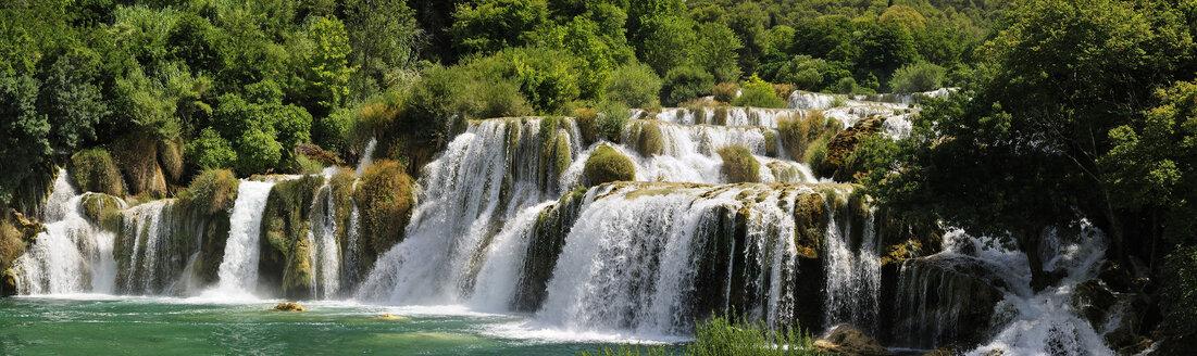 Croatia, Krka National Park, Skradinski buk, waterfall - BTF000370