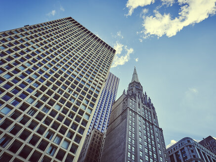 USA, Illinois, Chicago, old and new high-rise buildings from below - DISF002140