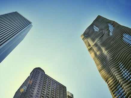 USA, Illinois, Chicago, High-rise buildings, Aon Center, Aqua Tower - DISF002149