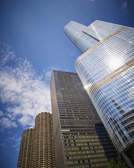 USA, Illinois, Chicago, Marina City, Langham Hotel, Trump Tower - DISF002160