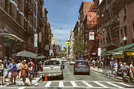 USA, New York City, Street life in Little Italy - ON000902