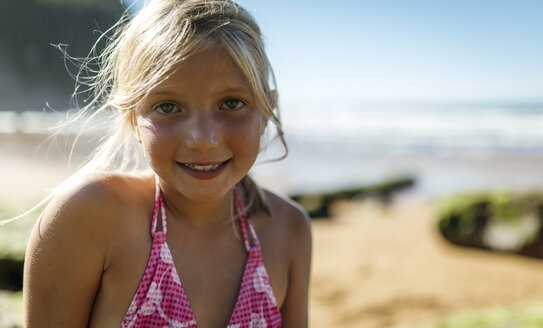 Portrait of little girl on the beach - MGOF000597