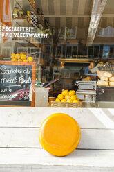 Netherlands, Amsterdam, Deli, gouda cheese - FMK001999