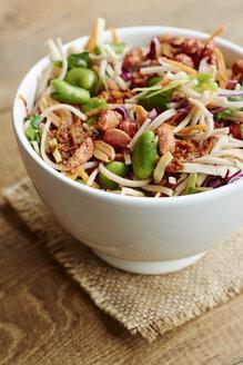 Coleslaw salad with tamarind peanut sauce - HAWF000858