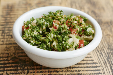 Parsley tabbouleh salad, with parsley, tomatoes, onions, bulgur - HAWF000856